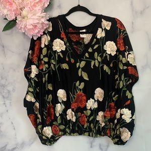 Anthropologie Akemi & Kin Floral Embroidery Top S
